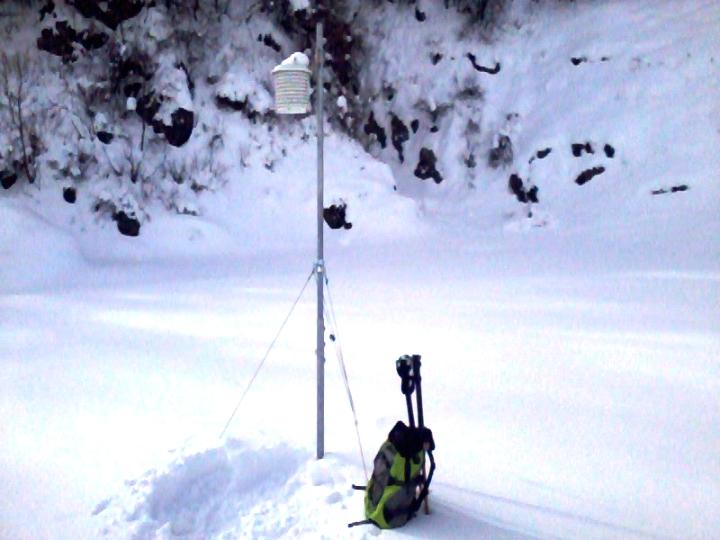 Meteonetwork Piemonte e Datameteo progetto doline installazione Conca delle Turbiglie sita presso la Frazione Serra del Comune di Pamparato (CN) ad appena 950m di quota